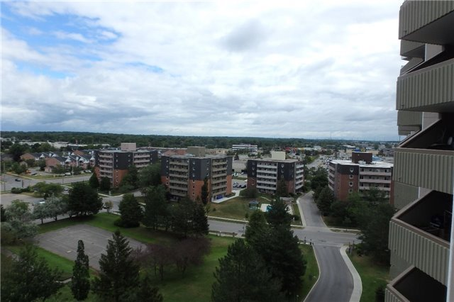 Condo Apartment at 1105 Jalna Blvd, Unit 1111, London, Ontario. Image 2