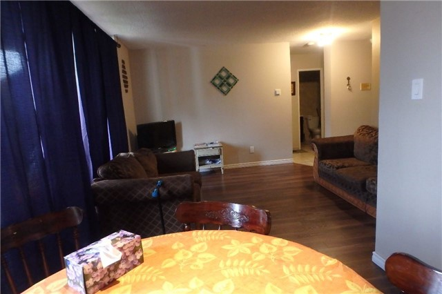 Condo Apartment at 1105 Jalna Blvd, Unit 1111, London, Ontario. Image 5