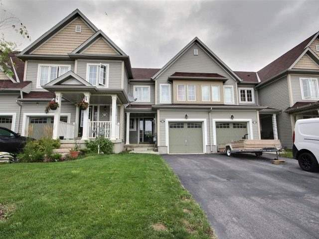 Townhouse at 24 Lynch Cres, Hamilton, Ontario. Image 1