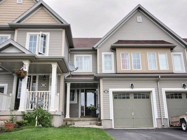 Townhouse at 24 Lynch Cres, Hamilton, Ontario. Image 12