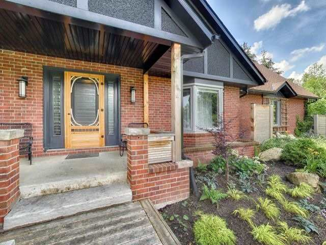 Detached at 6 Dodds Crt, Mono, Ontario. Image 12