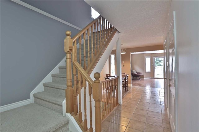 Townhouse at 105 Terraview Cres, Guelph, Ontario. Image 12
