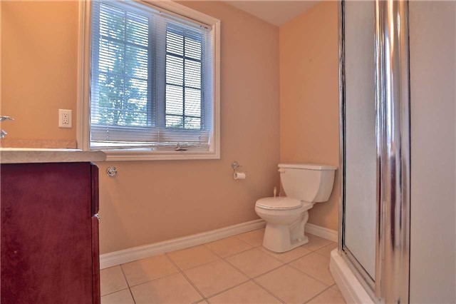 Townhouse at 105 Terraview Cres, Guelph, Ontario. Image 3