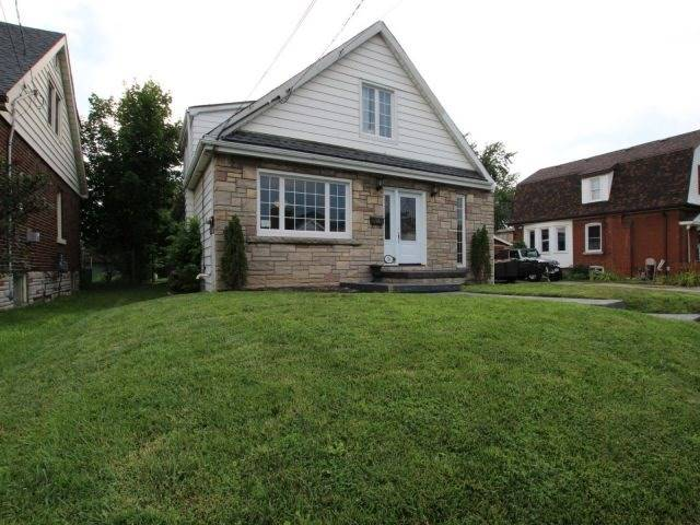 Detached at 26 West 3rd St, Hamilton, Ontario. Image 11
