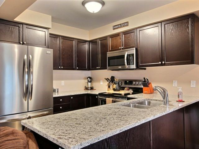 Townhouse at 879 Cook Cres, Shelburne, Ontario. Image 13