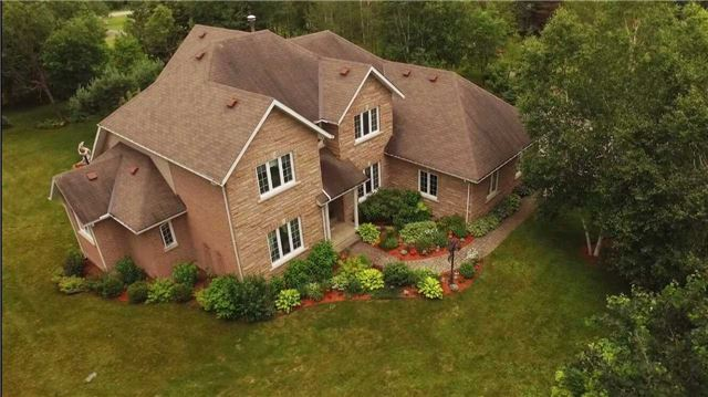 Detached at 8 Airview Dr, Bancroft, Ontario. Image 1