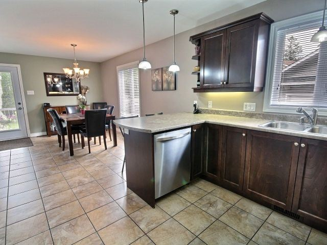 Detached at 1675 Wallace St, Clarence-Rockland, Ontario. Image 3