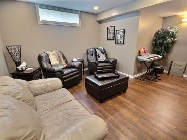 Detached at 1675 Wallace St, Clarence-Rockland, Ontario. Image 10