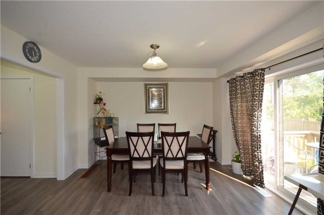 Townhouse at 60 Crafter Cres, Hamilton, Ontario. Image 18