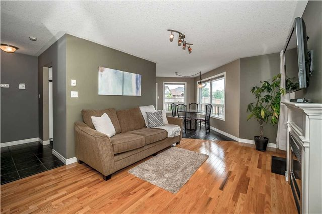 Detached at 2 Norton Dr, Guelph, Ontario. Image 15