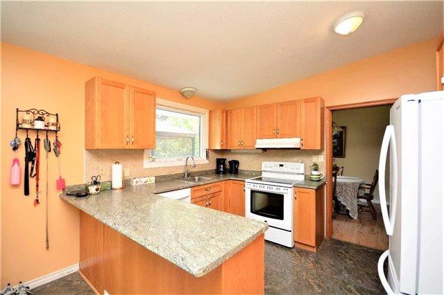 Rural Residence at 1030 Simpson Rd, Gravenhurst, Ontario. Image 20