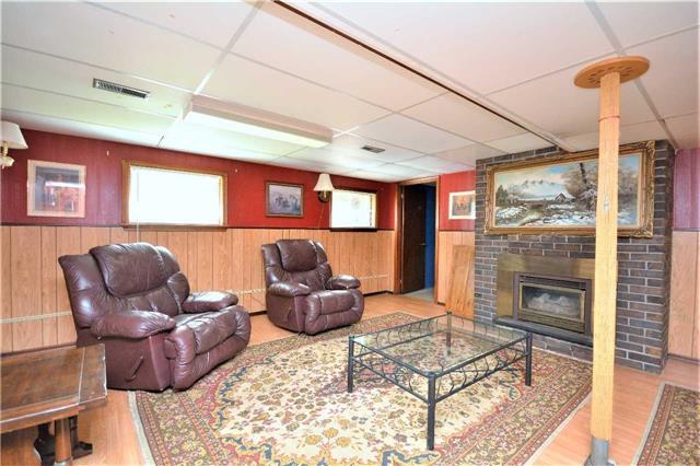 Rural Residence at 1030 Simpson Rd, Gravenhurst, Ontario. Image 9