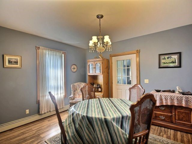 Detached at 2758 County Road 20 E, Essex, Ontario. Image 15