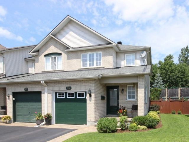 Townhouse at 15 Inverkip Ave, Ottawa, Ontario. Image 1