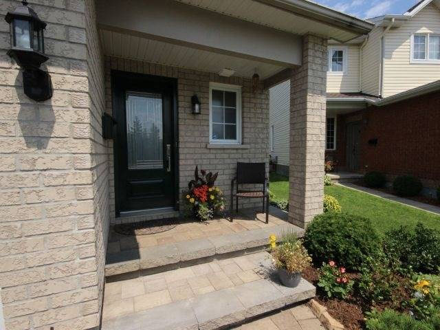 Townhouse at 15 Inverkip Ave, Ottawa, Ontario. Image 14