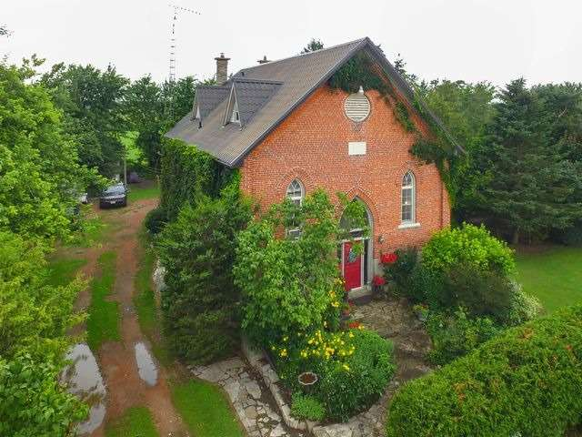 Detached at 114408 Sideroad 27-28, East Luther Grand Valley, Ontario. Image 1