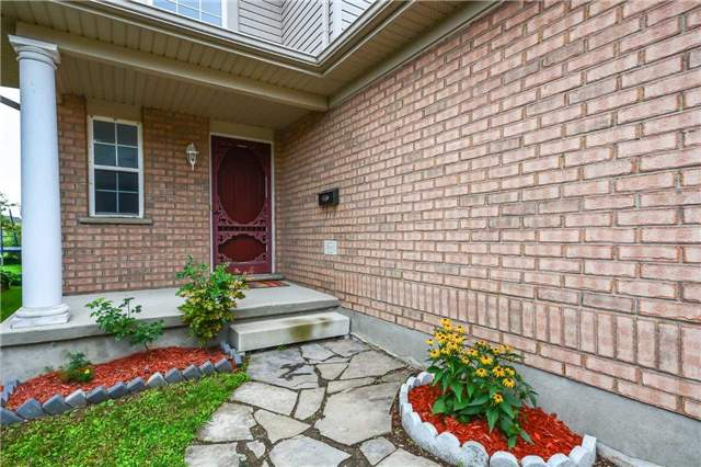 Semi-detached at 48 Swift Cres, Guelph, Ontario. Image 4