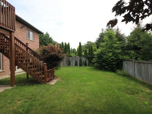 Detached at 77 Concord St, Pelham, Ontario. Image 12