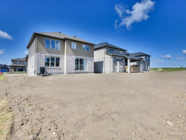 Detached at 11 Mayberry Dr, East Luther Grand Valley, Ontario. Image 11