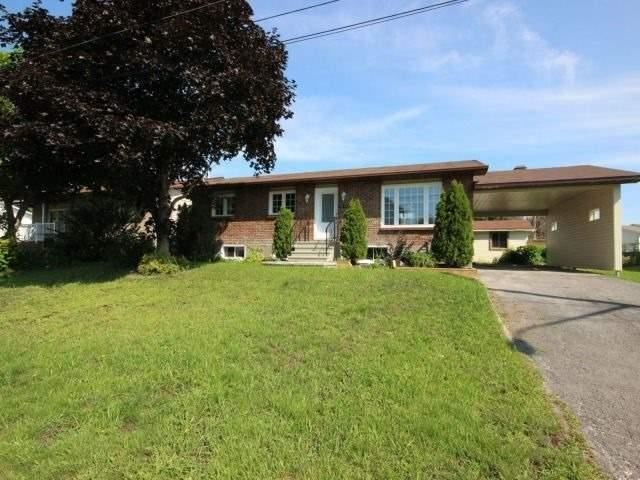 Detached at 3156 Lemay Circ, Clarence-Rockland, Ontario. Image 12