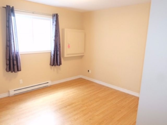Condo Apartment at 75 Lapointe Blvd, Unit 3B, Russell, Ontario. Image 7