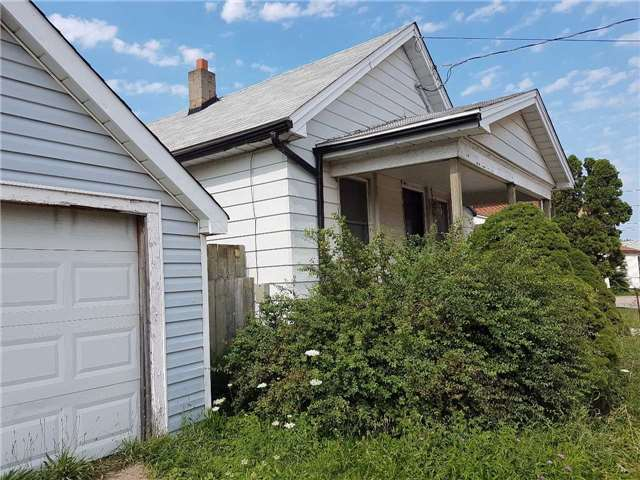 Detached at 259 Welland Ave, St. Catharines, Ontario. Image 8
