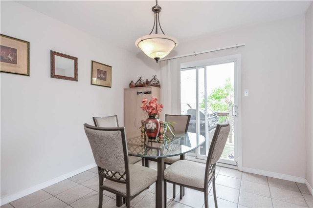 Detached at 564 Grange Rd, Guelph, Ontario. Image 19