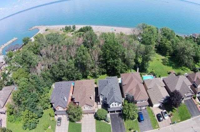 Detached at 73 Waterford Cres, Hamilton, Ontario. Image 14