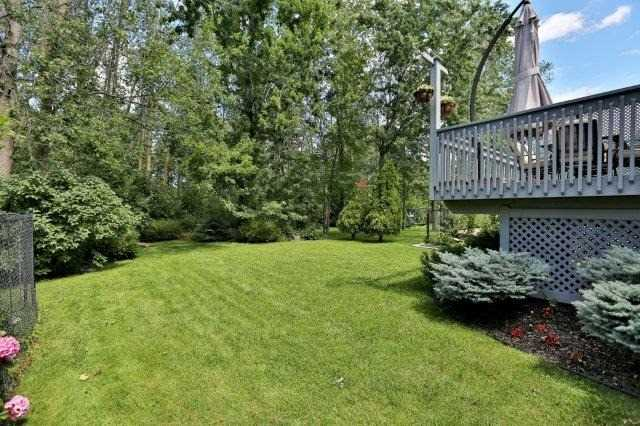 Detached at 73 Waterford Cres, Hamilton, Ontario. Image 16