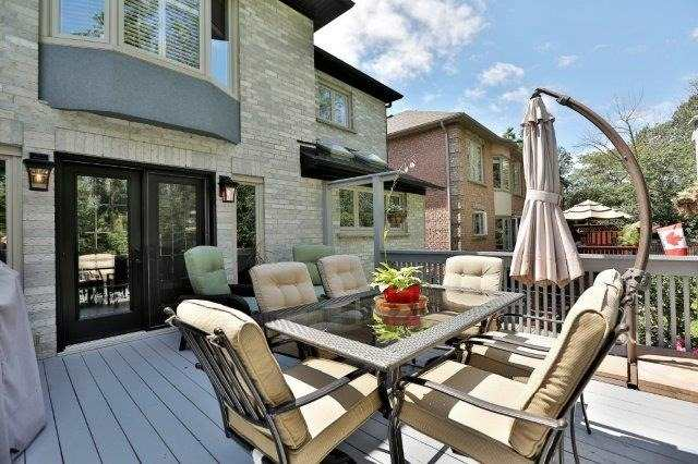 Detached at 73 Waterford Cres, Hamilton, Ontario. Image 17