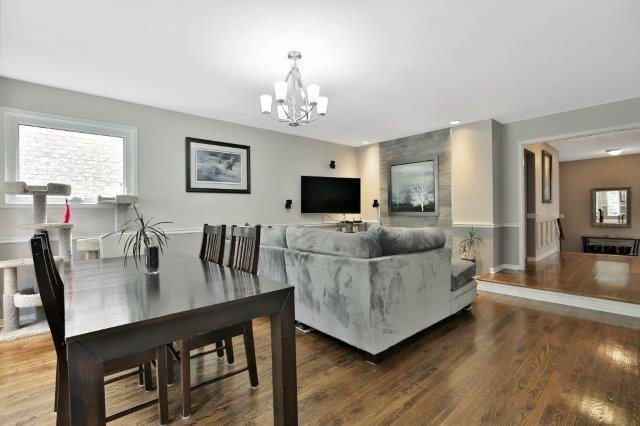 Detached at 73 Waterford Cres, Hamilton, Ontario. Image 10
