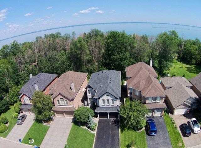 Detached at 73 Waterford Cres, Hamilton, Ontario. Image 13