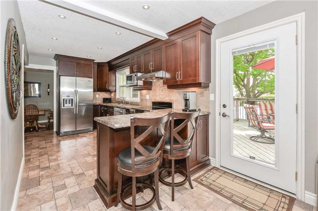 Detached at 1170 Gordon St, Guelph, Ontario. Image 10
