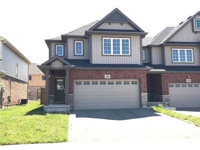Townhouse at 198 Winterberry Blvd, Thorold, Ontario. Image 1