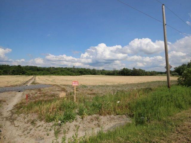 Vacant Land at 2135 Emmett Rd, Ottawa, Ontario. Image 3