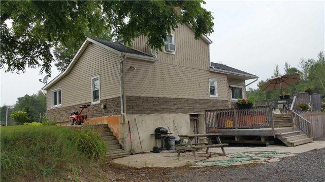 Detached at 50 Mountsberg Rd, Hamilton, Ontario. Image 9