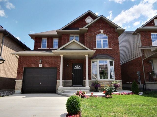 Detached at 7 Hyslop Ave, Hamilton, Ontario. Image 1