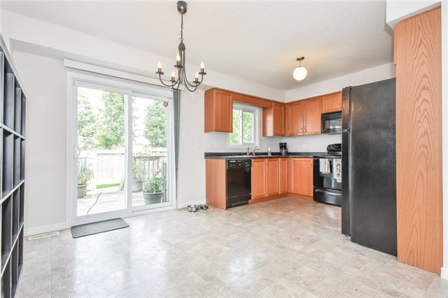 Condo Townhouse at 355 Fisher Mills  Rd, Unit 52, Cambridge, Ontario. Image 14