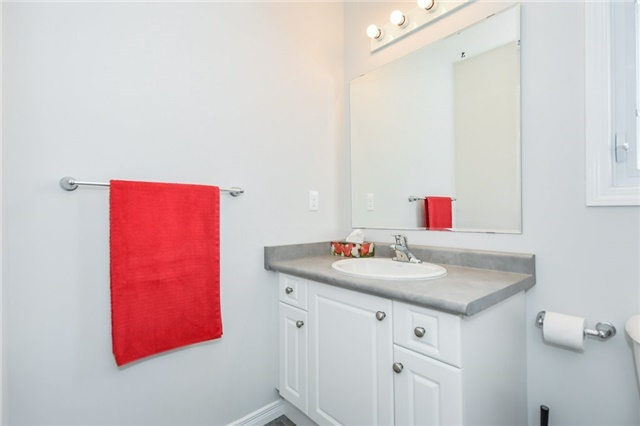 Condo Townhouse at 355 Fisher Mills  Rd, Unit 52, Cambridge, Ontario. Image 5