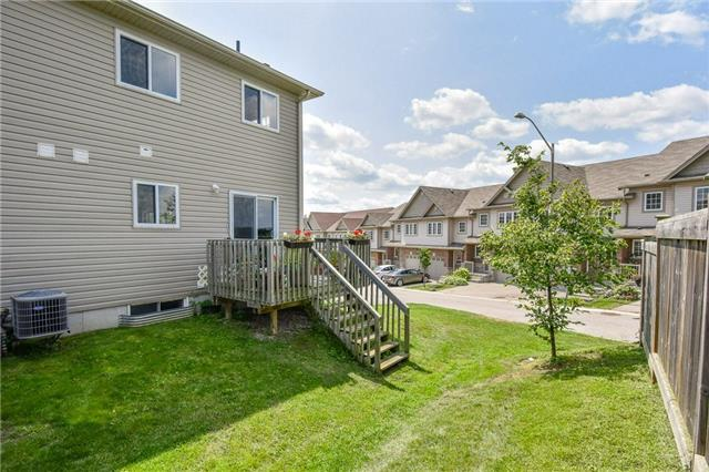 Condo Townhouse at 355 Fisher Mills  Rd, Unit 52, Cambridge, Ontario. Image 6