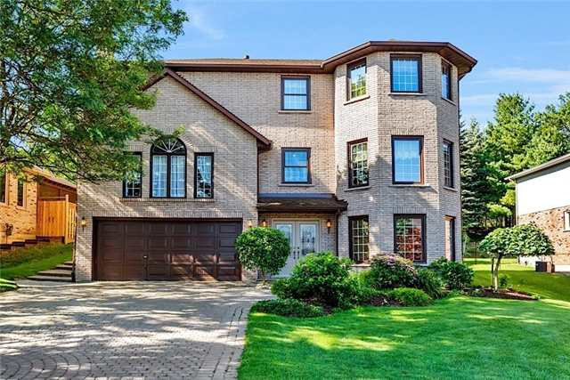 Detached at 82 Bluebell Cres, Hamilton, Ontario. Image 1