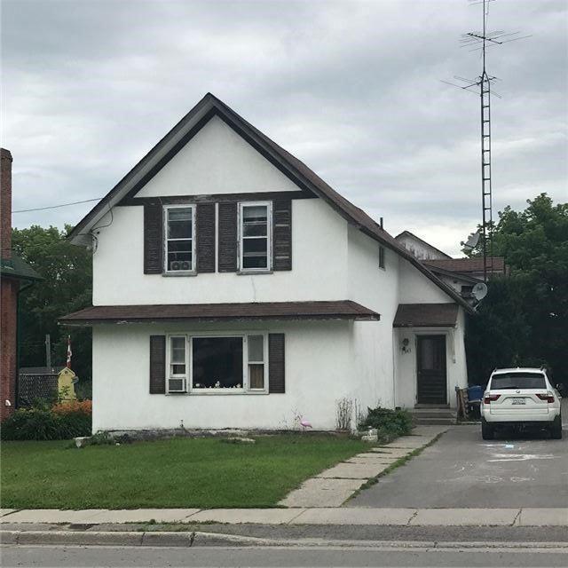 Multiplex at 84-86 Queen St, Kawartha Lakes, Ontario. Image 4