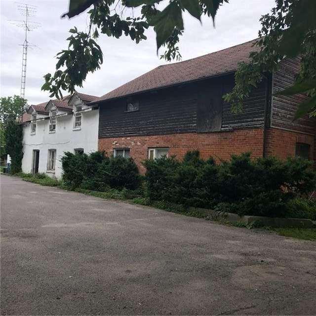 Multiplex at 84-86 Queen St, Kawartha Lakes, Ontario. Image 8