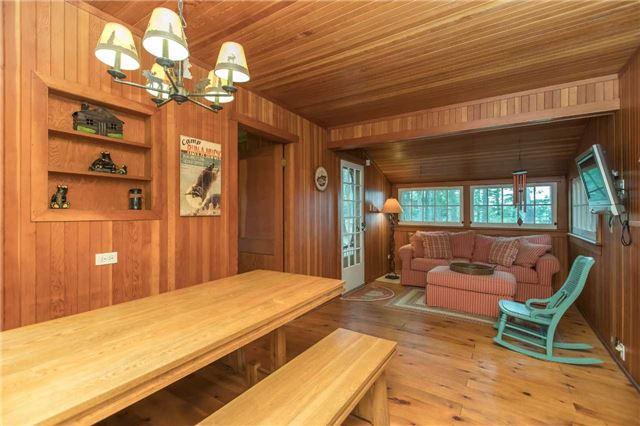 Cottage at 24 Keewaydin Island, Muskoka Lakes, Ontario. Image 7