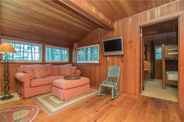Cottage at 24 Keewaydin Island, Muskoka Lakes, Ontario. Image 8