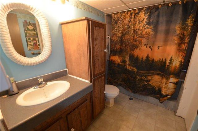 Detached at 20 Blanchards Rd, Kawartha Lakes, Ontario. Image 5