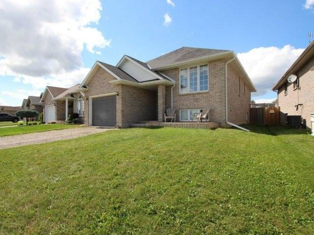 Detached at 46 Dowden Ave, Brant, Ontario. Image 12