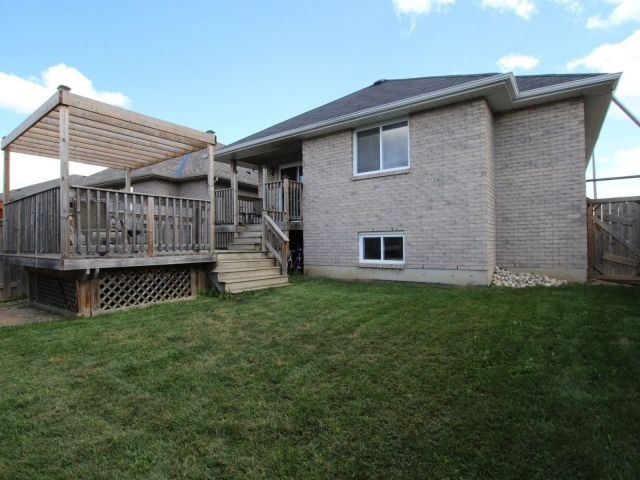 Detached at 46 Dowden Ave, Brant, Ontario. Image 13