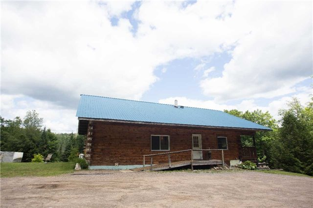 Detached at 6779 Palmer Rd, South Algonquin, Ontario. Image 2