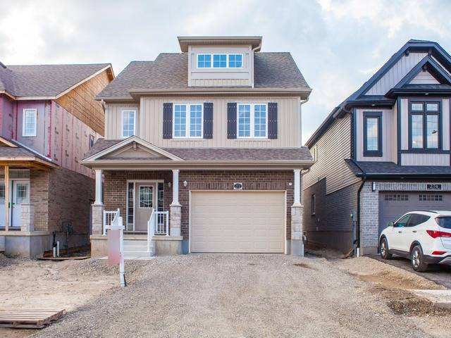 Detached at 272 Buttonbush St, Waterloo, Ontario. Image 1